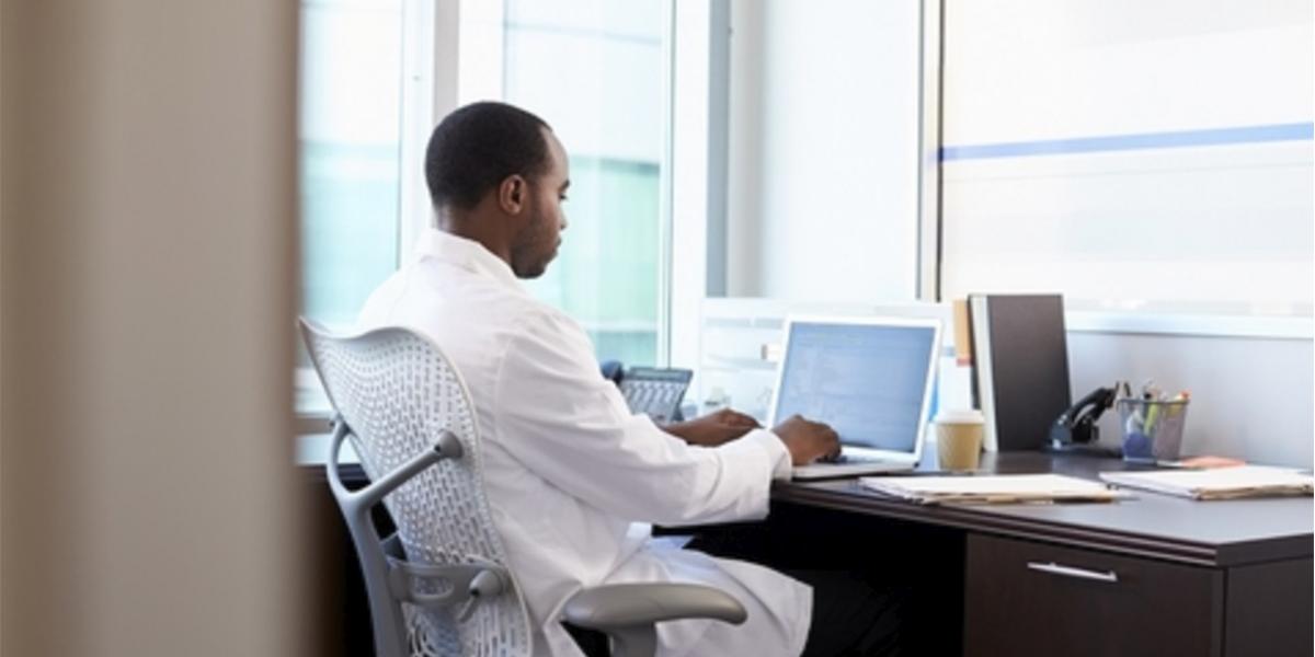 Escolher um sistema com telemedicina para sua clínica? | Doctor Max